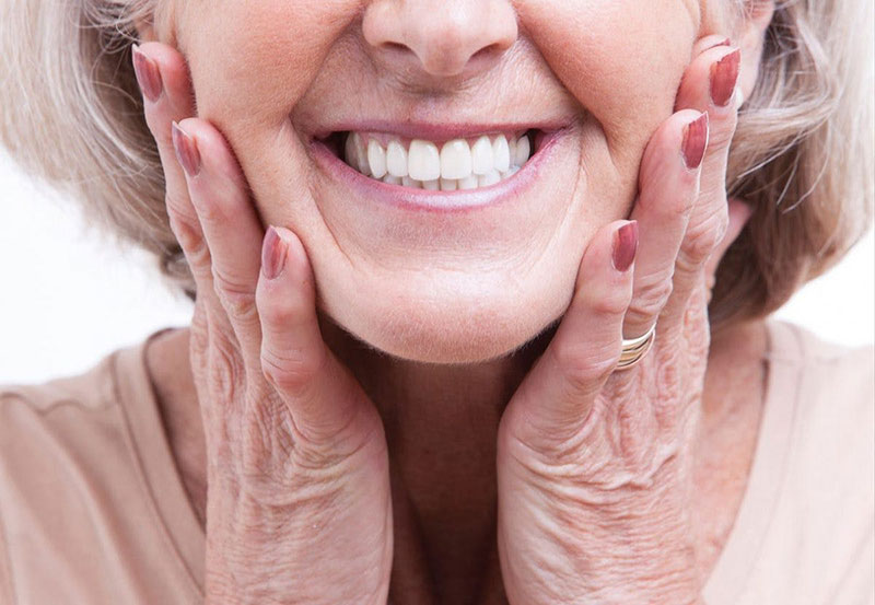 dental-implants-and-how-you-can-benefit
